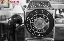 Last telephone booth in Barcelona to be preserved
